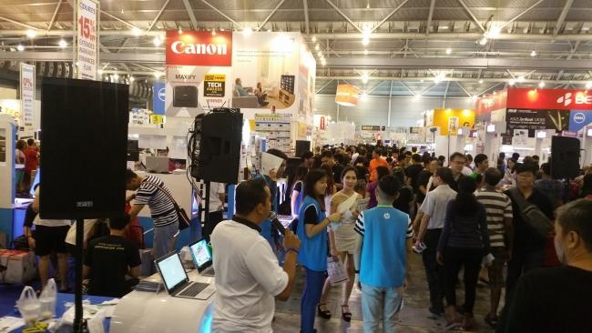 FBT sale powers Singapore PC Show